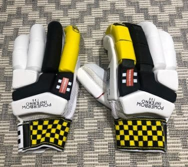 The Gray-Nicolls Powerbow Inferno 700 Gloves